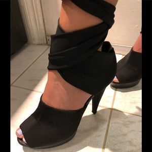♦️SALE♦️7 for all Mankind Black open toe pumps
